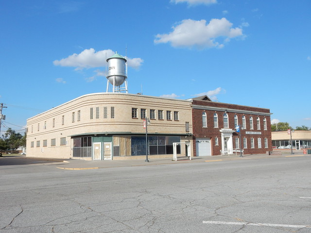 Former Dillons