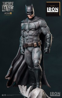 Iron Studios 正義聯盟【蝙蝠俠豪華版】Justice League Batman Deluxe 1/10 比例全身雕像作品