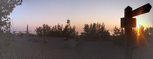 Panorama, Hanlan's Point Beach #toronto #hanlanspointbeach #torontoislands #beach #evening