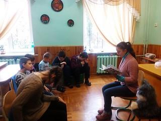 міні-проект «Недільна читанка з Олесею». 22.10.17. ім. О. Грибоєдова