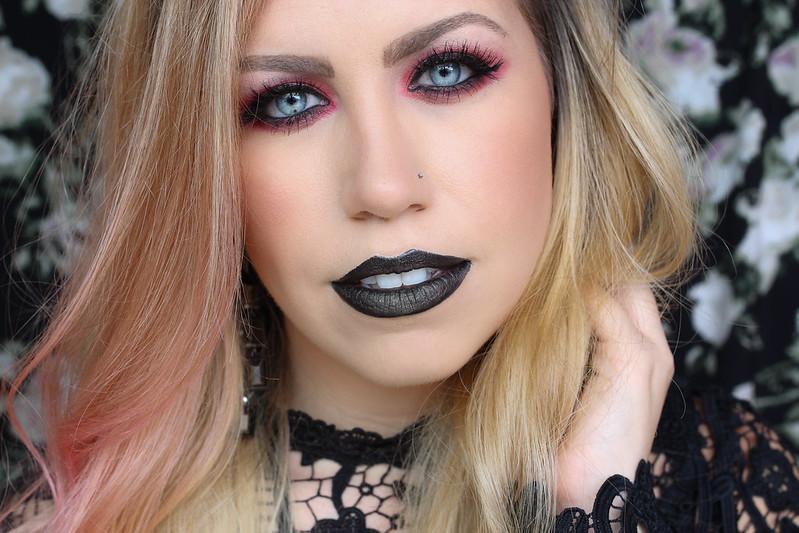 Halloween Fun Beauty Tutorial Red Eyes Black Lipstick
