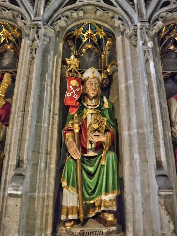 Single Statues, Ripon Cathedral, UK 19102017, JCW1967 (3)