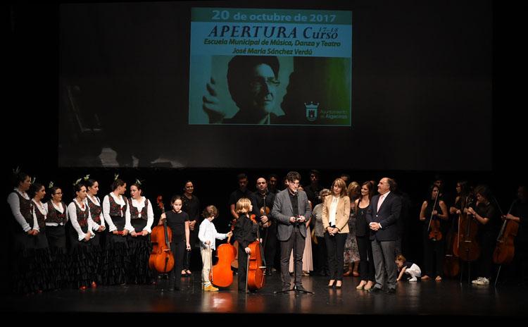 2-APERTURA DEL CURSO 2017-2018 DE LA ESCUELA MUNICIPAL DE MÚSICA, DANZA Y TEATRO JOSÉ MARÍA SÁNCHEZ-VERDÚ1