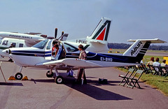 EI-BHU   Beech 77 Skipper [WA-78] (Avair Ireland) Farnborough~G 06/09/1980