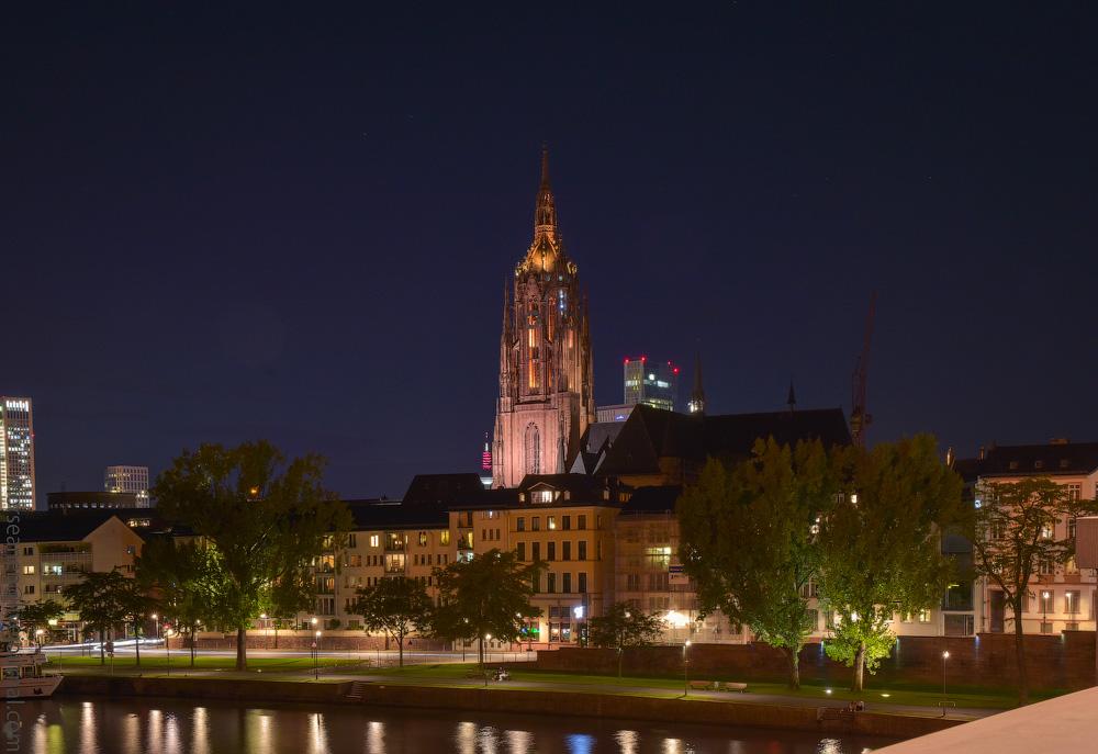Frankfurt-(66)