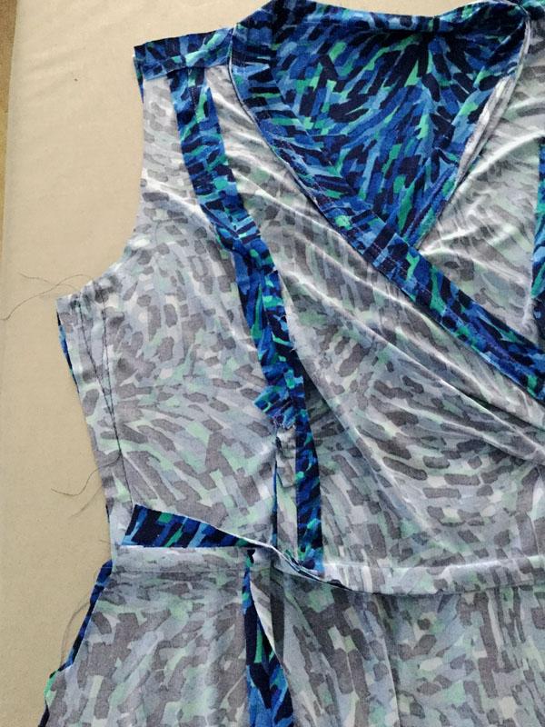 fitting blue knit dress