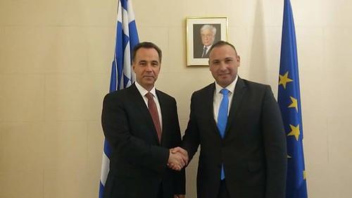 Ευτύχης Δαμηλάκης - Με τον Ελληνα πρόεξενο  στη Νεα Υόρκη