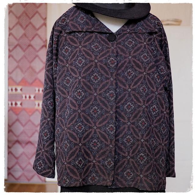季節を問わずお気に入り — カーデガンみたいなはおりジャケット