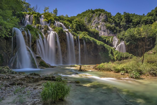 *Plitvice waterfalls @ the long exposure*