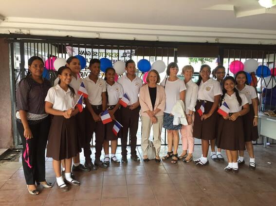 Participation de Françoise Moulin Civil au forum éducatif sur les nouveaux défis pour l'éducation à Panama