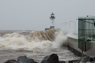 North Shore Trip - Oct 2017 - Massive Waves at Duluth Entry