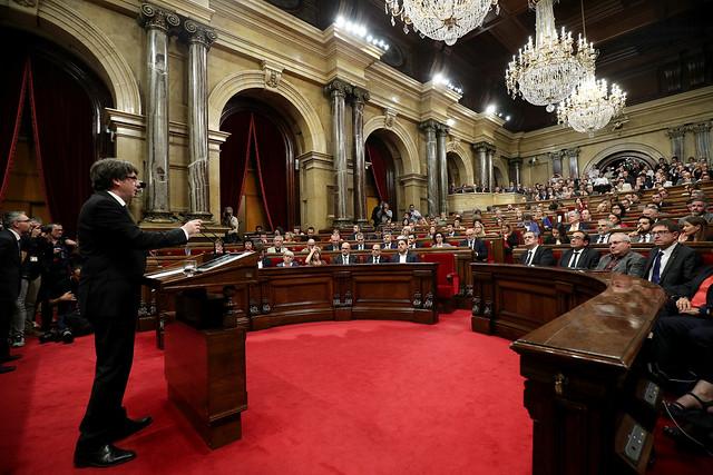 10 - Octubre. Declaración de independencia suspendida
