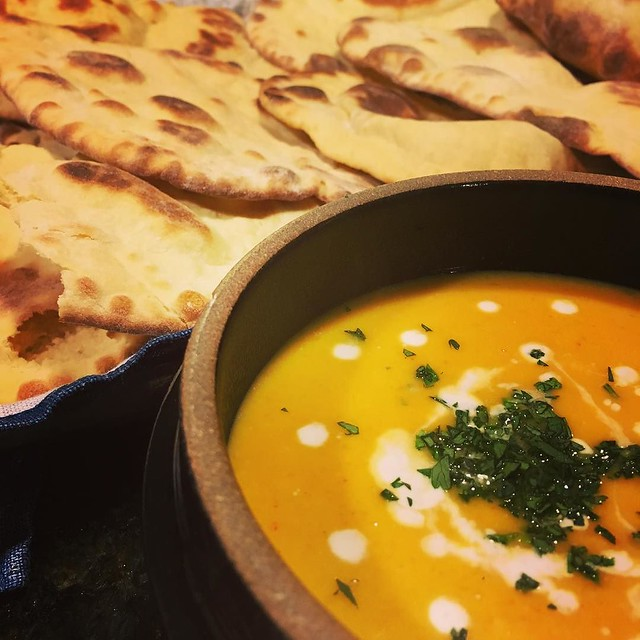 Thai red curry pumpkin coconut soup. And naan. 🎃 #pumpkinsoup