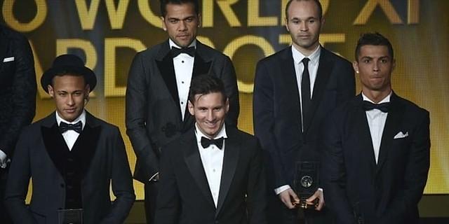 Bisa Berada Di Antara Cristiano Ronaldo Dan Lionel Messi Membuat Neymar Senang