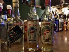 アガベとメスカルについて教わる。メキシコの酒文化面白い