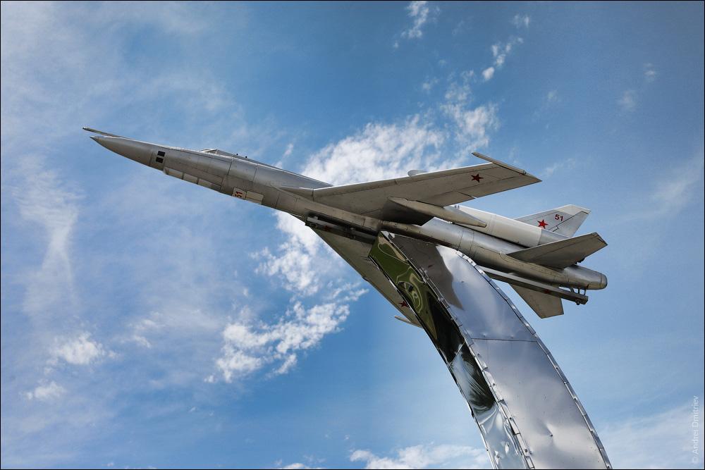 Модель Ту-22