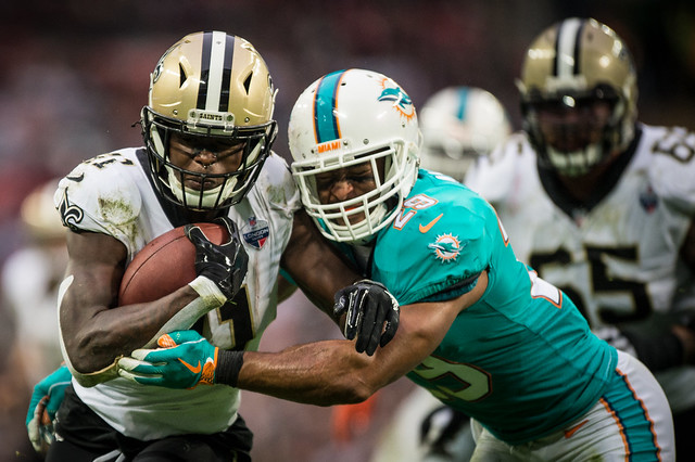 NFL Dolphins v Saints 173