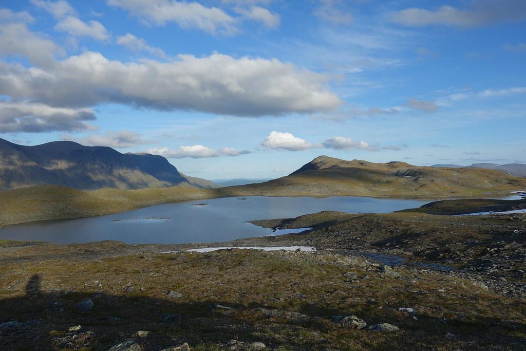 Lake 1022