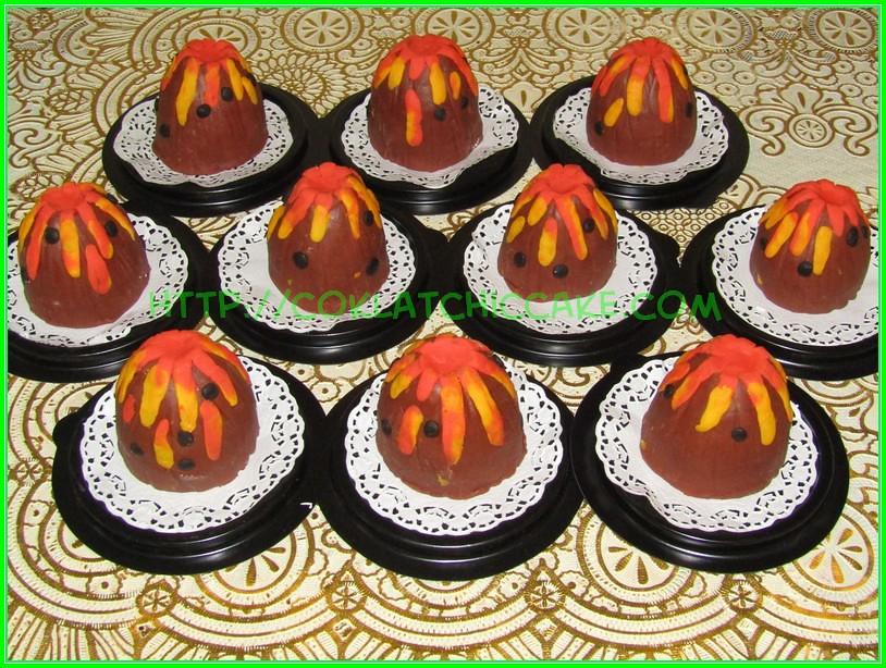 minicake volcano