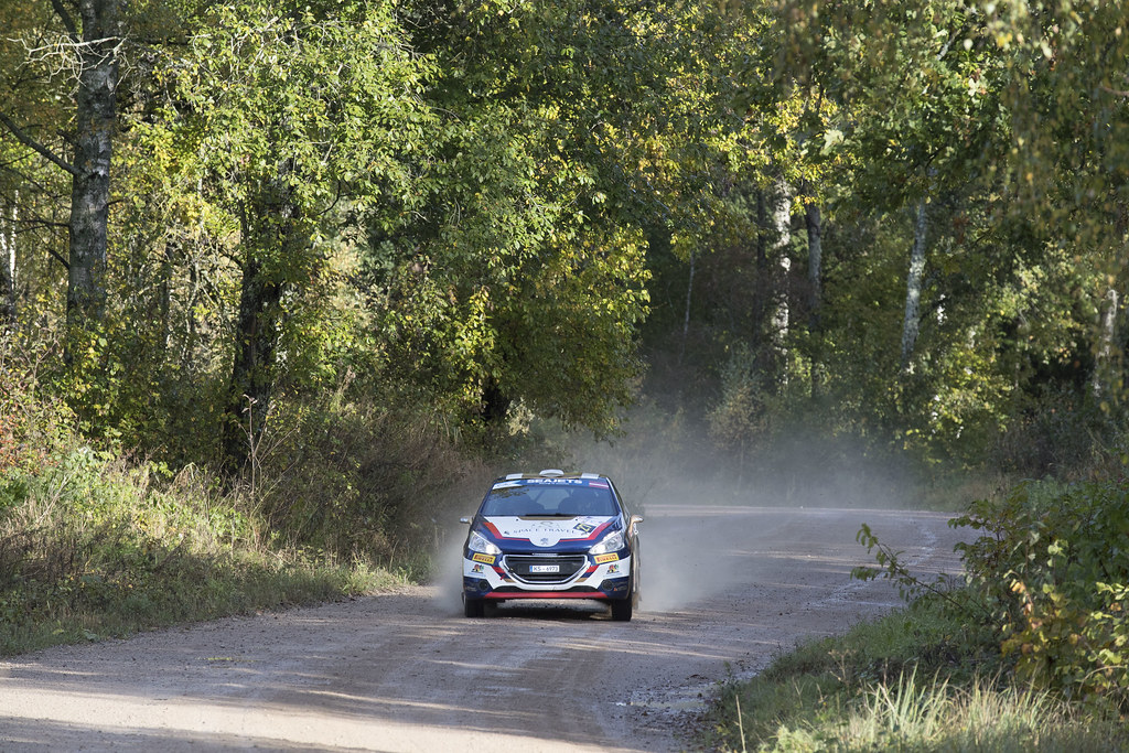 2 27 Muradian Artur and Chelebayev Pavel, Neiksans Rally Sport, Peugeot 208 R2 action during the 2017 European Rally Championship ERC Liepaja rally,  from october 6 to 8, at Liepaja, Lettonie - Photo Gregory Lenormand / DPPI