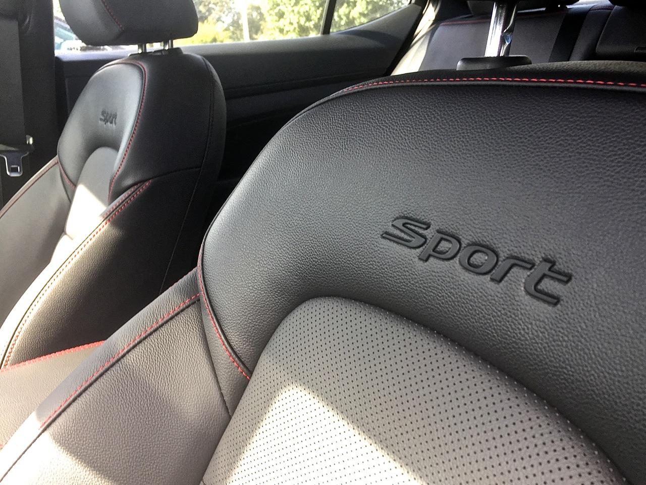 Hyundai Elantra Sport 6