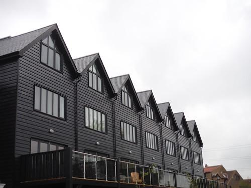 Townhouses, Conyer
