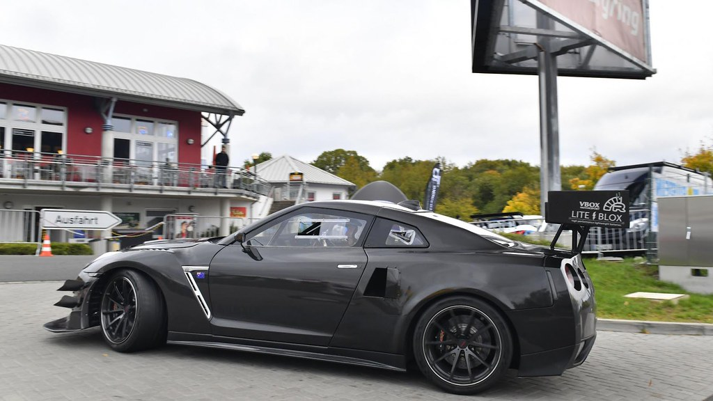 Litchfield-Nissan-GT-R-Nurburgring-22