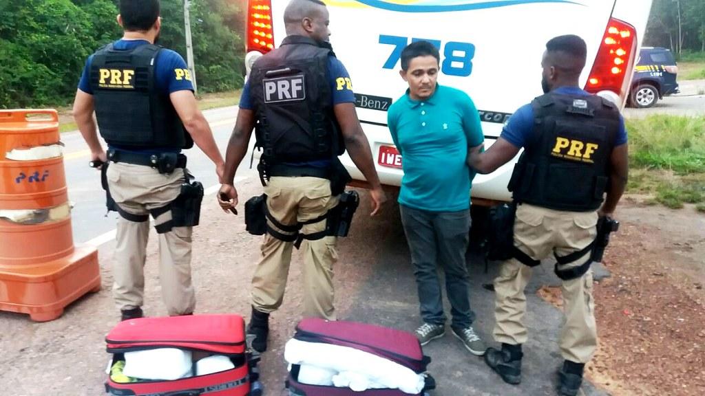 Polícia Rodoviária Federal prende