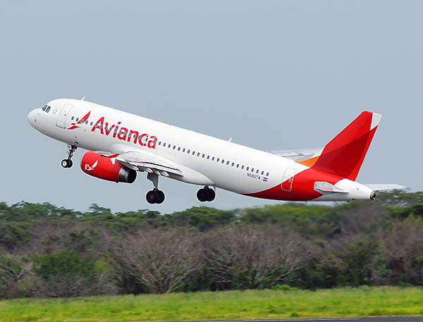 Avianca A320 despegando (Avianca)