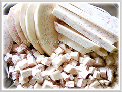 Slices and cubed Dioscorea polystachya (Chinese Yam, Cinnamon Vine, Ubi Keladi in Malay), prepared for making yam cake, 21 Oct 2009