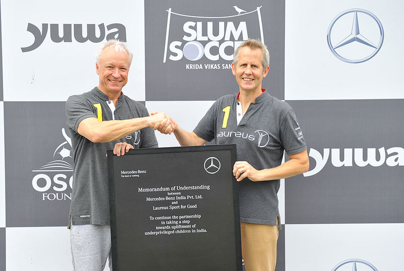 (L-R)-Roland-Folger---MD&CEO,-Mercedes-Benz-India-and-Andy-Griffiths,-Global-Director-at-Laureus-Sport-for-Good-with-the-MoU-between-the-two-company