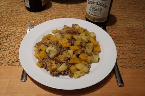 Kürbis-Kartoffel-Hackfleisch-Pfanne