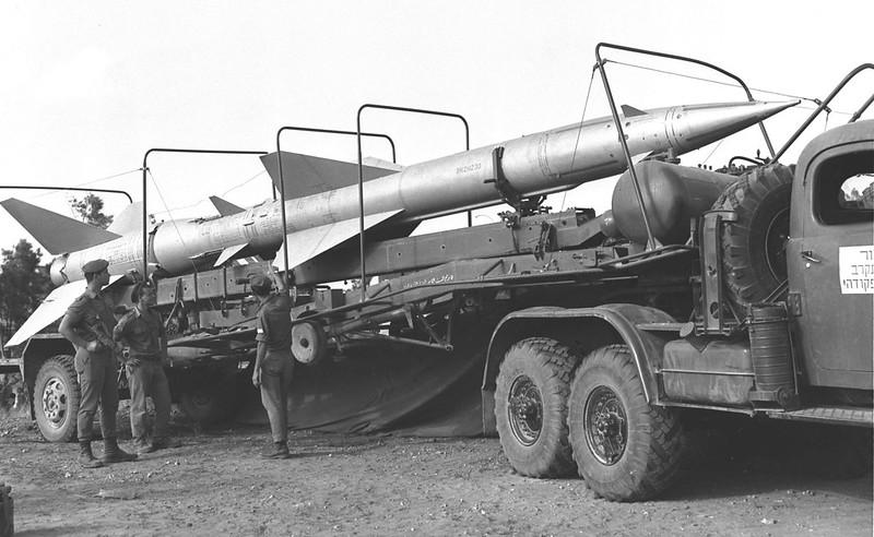 D380-104