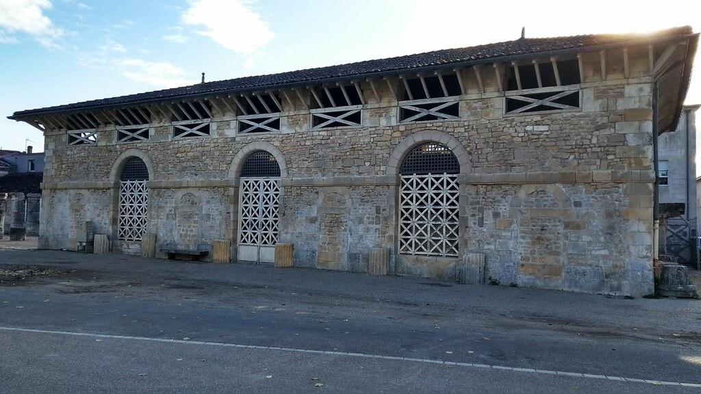 Saintes Hotels Charente Maritime