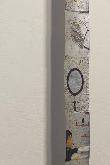3. Taiteilijan huone  Detail of Taiteilija pyyhkii oman pyllynsä taiteellaan