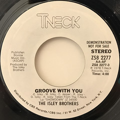 THE ISLEY BROTHERS:GROOVE WITH YOU(LABEL SIDE-A)