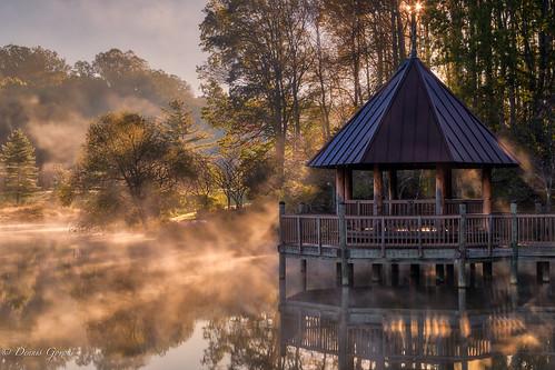 meadowlark virginia autumn fall fog gazebo landscape sunrise water