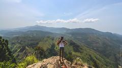 26.06-Ella-Rock-Sri-Lanka-canon-1500px-022