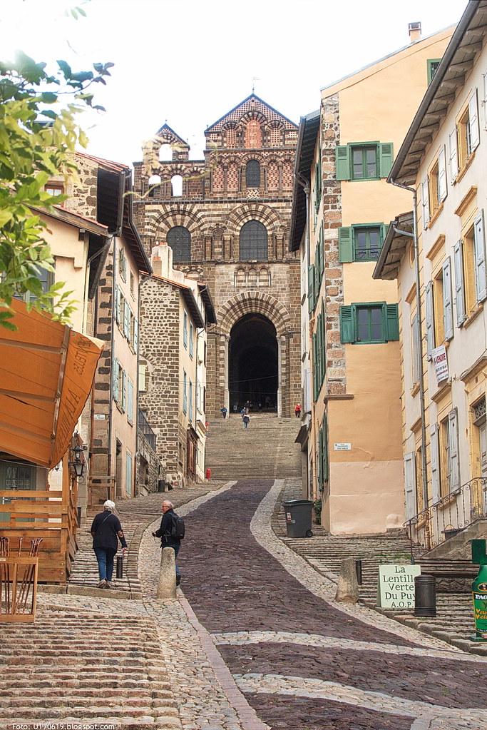 Aufgang zur Kathedrale