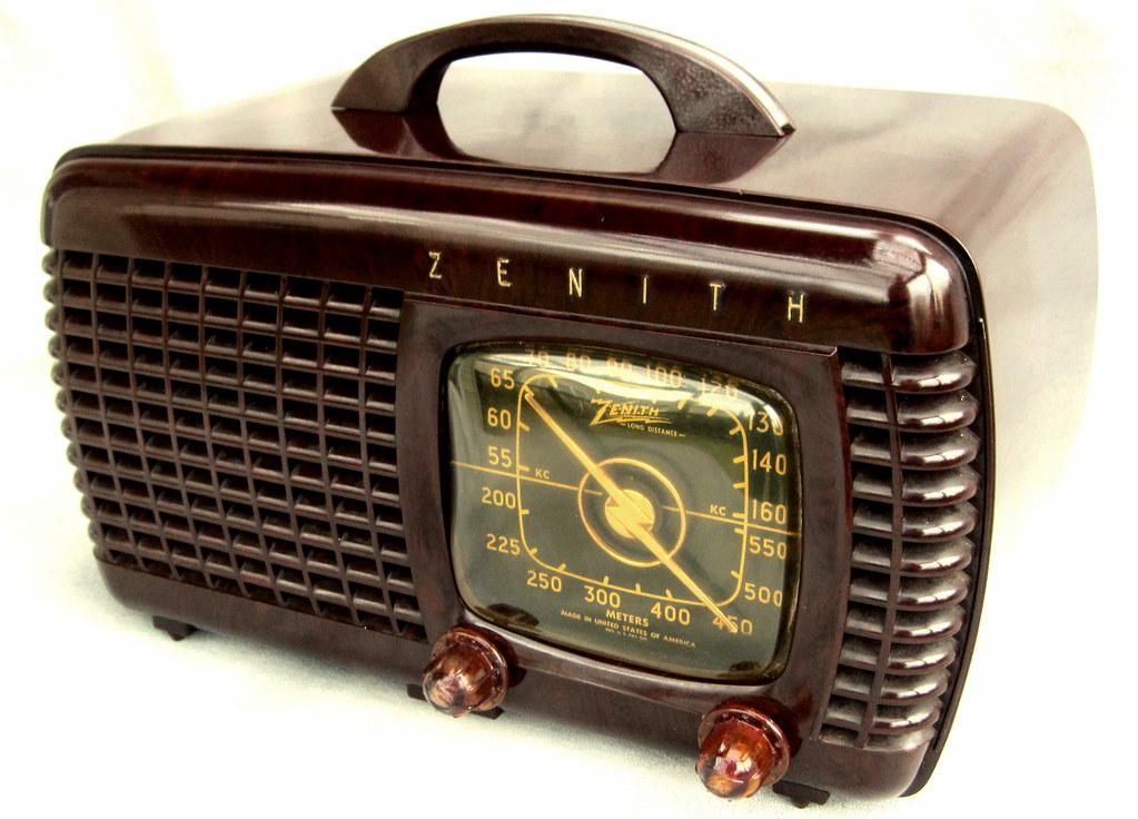 Zenith pre-war 1941 Black dial Bakelite 6 tube radio! | Flickr