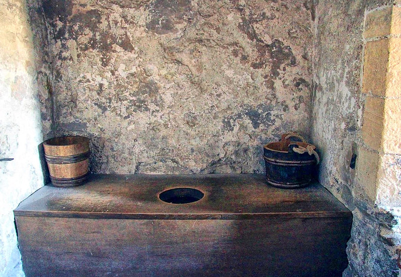 Medieval Indoor toilet system in Dover Castle. Credit Karen Roe