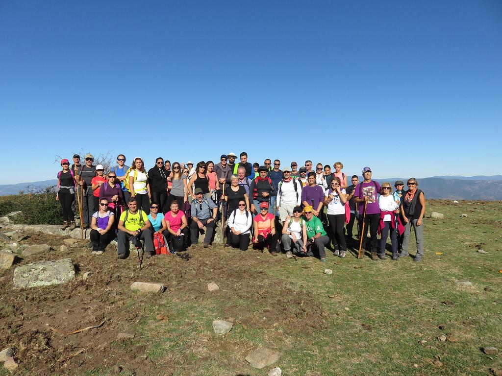 52 Senderistas participaron en la Ruta de las Piedras Labradas