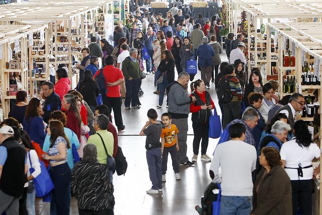Santiaguinos disfrutan de lo mejor del campo en ExpoMundoRural