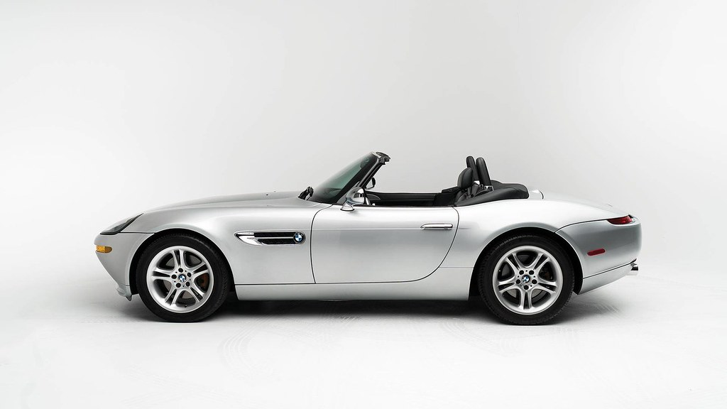 steve-jobs-2000-bmw-z8-auction2
