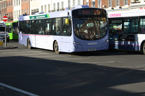 First Hampshire & Dorset 69547 BF12KWH