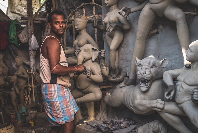 Kolkata - Kumortuli mud Gods sculptures-13 The mud statues of Kolkata you've probably never heard about | Calcutta cultural sights | How to get to Kumortuli to see the mud statues | Durga Puja festival