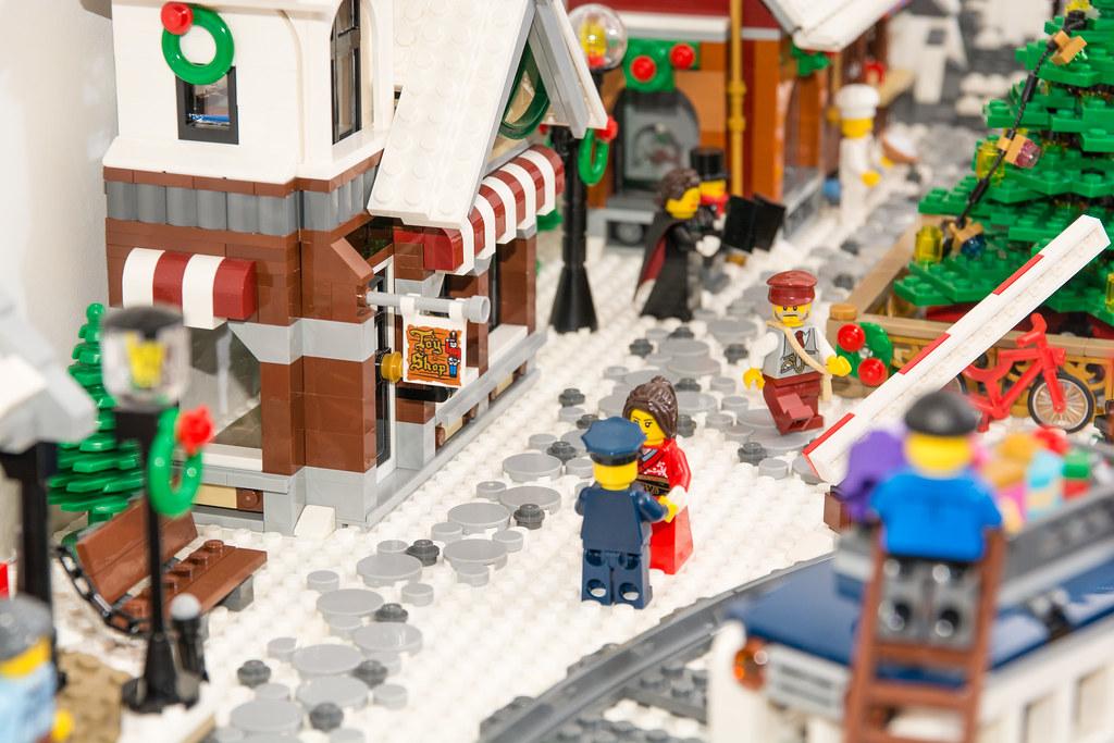 Winter Village Diorama 2017