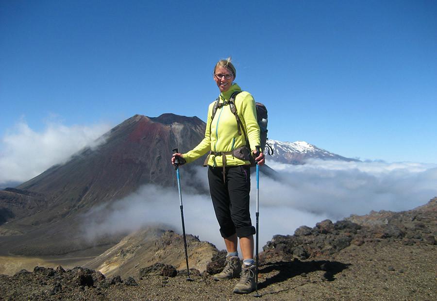 Kaja Schäfer beim Wandern in Neuseeland