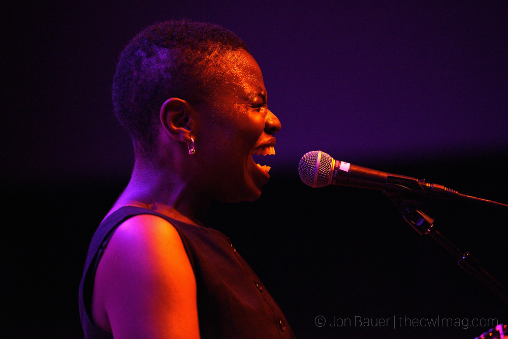 20170928 351 Vagabon at Swedish American Hall by Jon Bauer