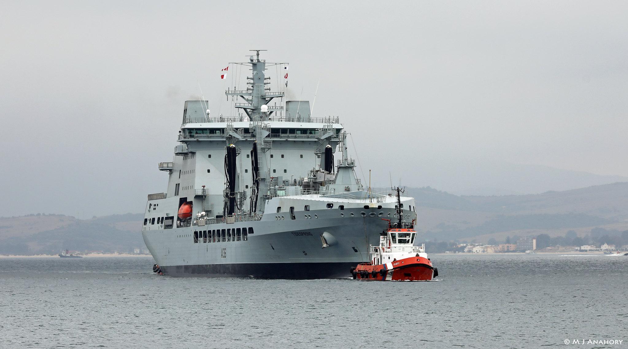 RFA : Royal Fleet Auxiliary - Page 4 37554299500_8f324263e3_k